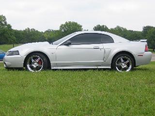 Mustang-GT-4